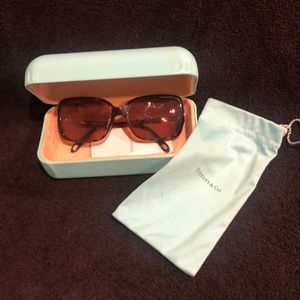 Tiffany & Co sunglasses 🕶